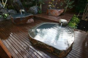 和風庭園風呂